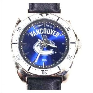 Vancouver Canucks NHL Tank Watch Leather Band